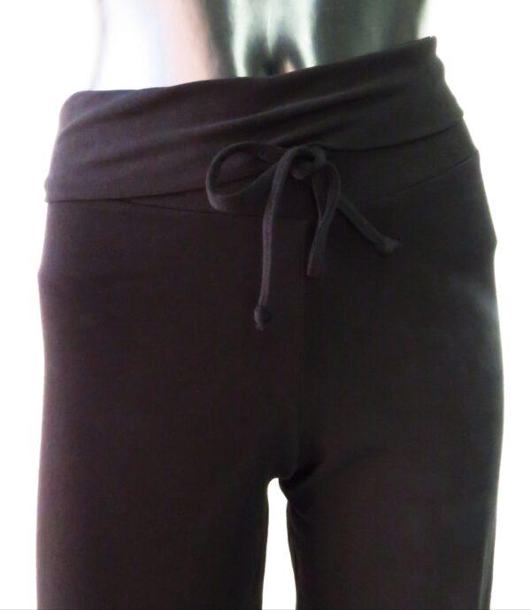 Pantalone largo con polso sotto e coulisse 5709